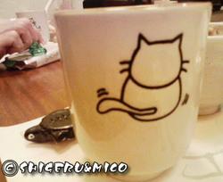 猫の湯呑み2
